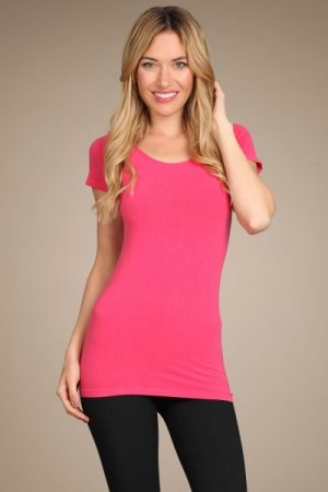 M-Rena Women's Cap Sleeve Scoop Neck Seamless Tee