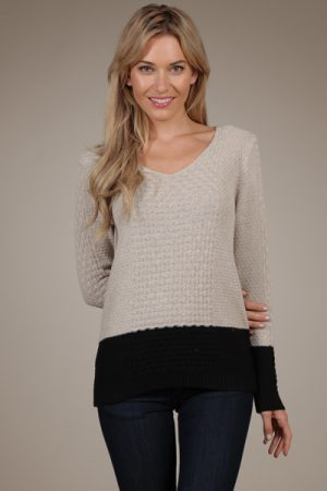M-Rena V-Neck Color Block Sweater Top